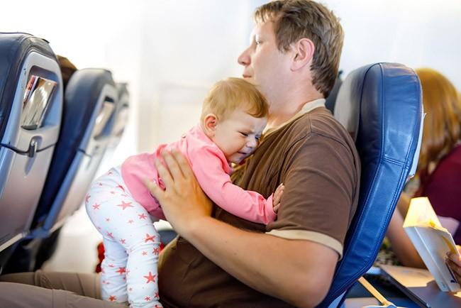 bebe avion papa