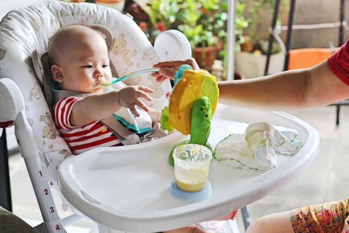 elegir una buena trona para bebe